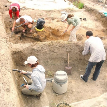 archaeology students on prehistoric site