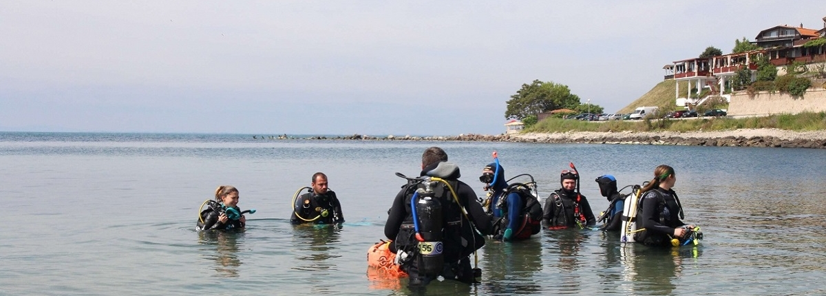 archaeology underwater training