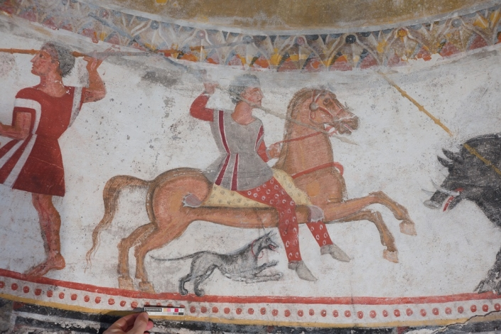 alexandrovo-tomb-wall-paintings