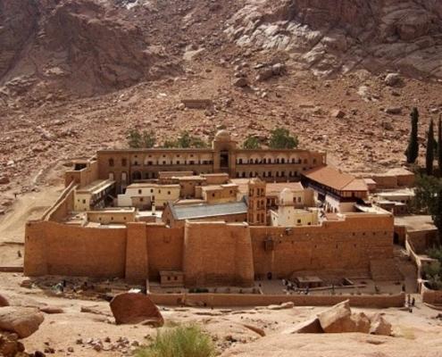 library-monastery-catherine-sinai